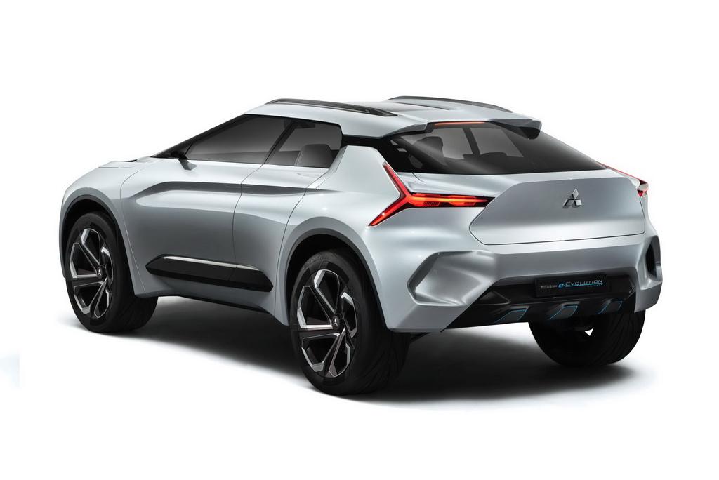 Картинки по запросу Новый Mitsubishi Lancer станет кроссовером
