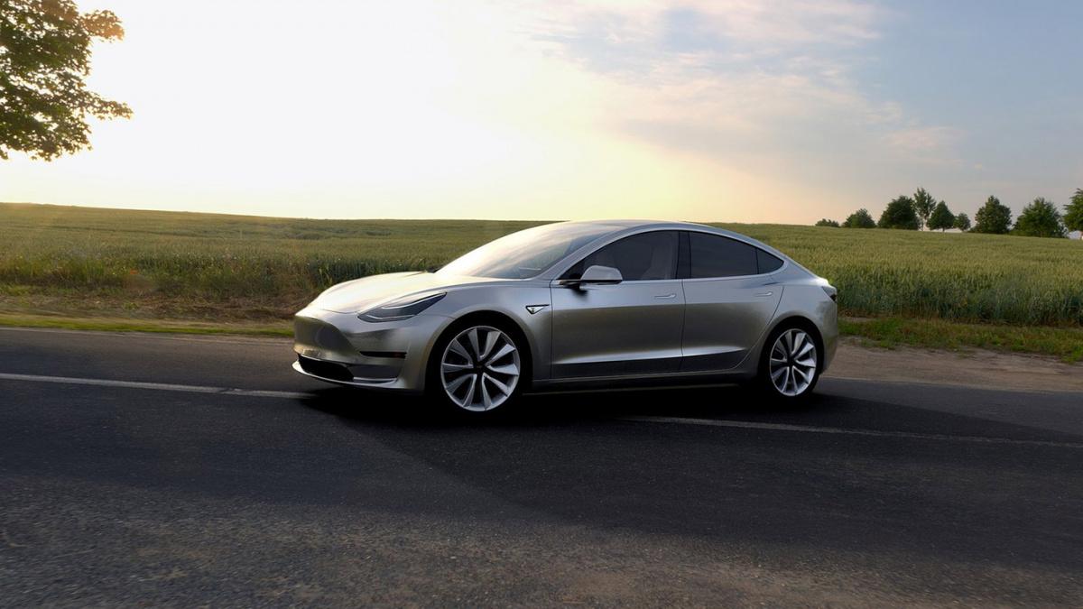 Полноприводная Tesla Model 3