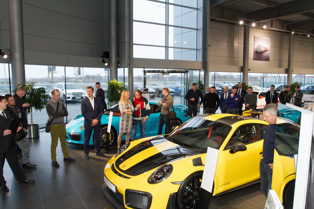 Porsche Winner