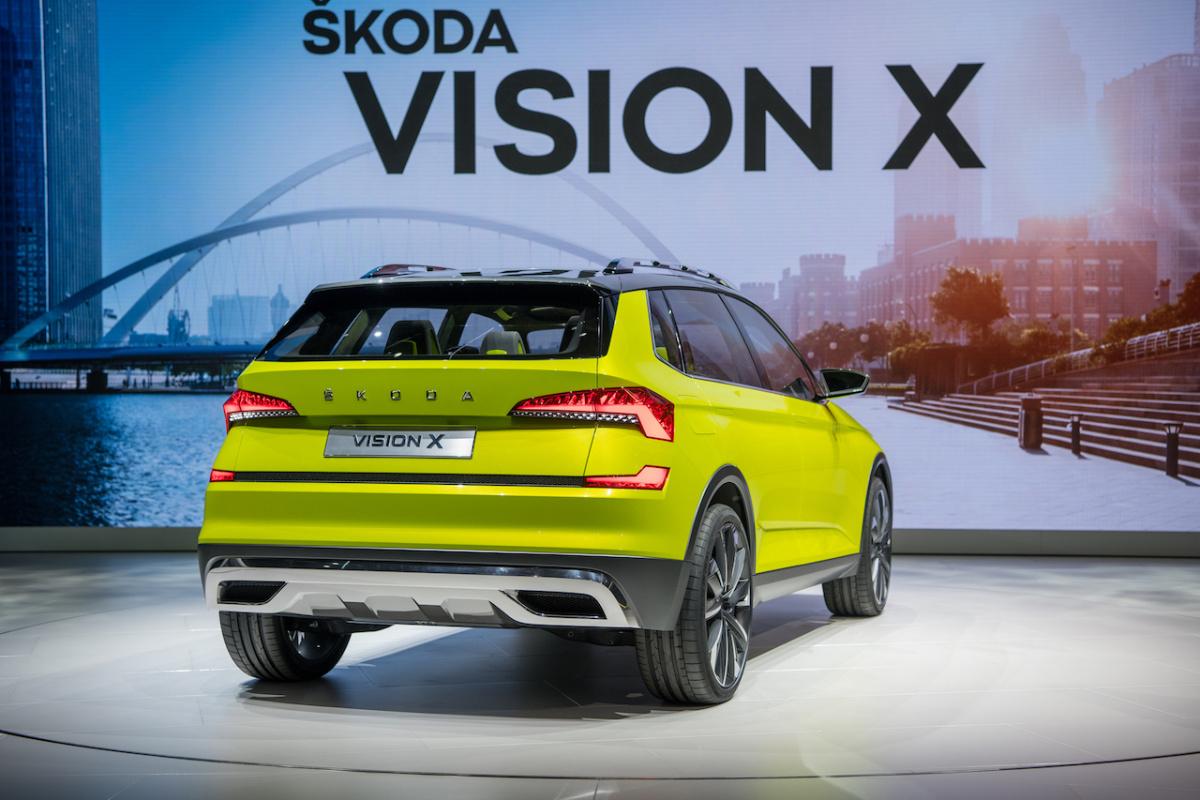 Skoda Vision X вид сзади