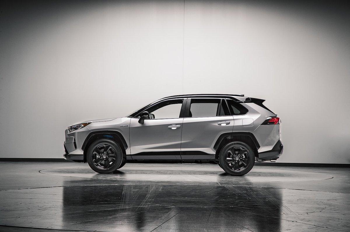Toyota RAV4 2019: гибридная версия