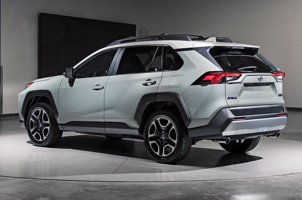 Toyota RAV4 2019: отсутствие дизельных версий