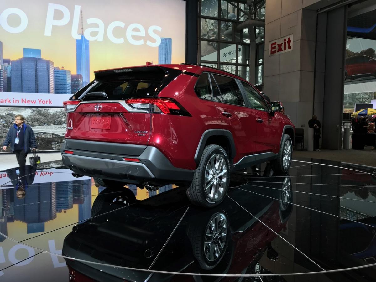 Toyota RAV4 2019: интеллектуальная полноприводная система