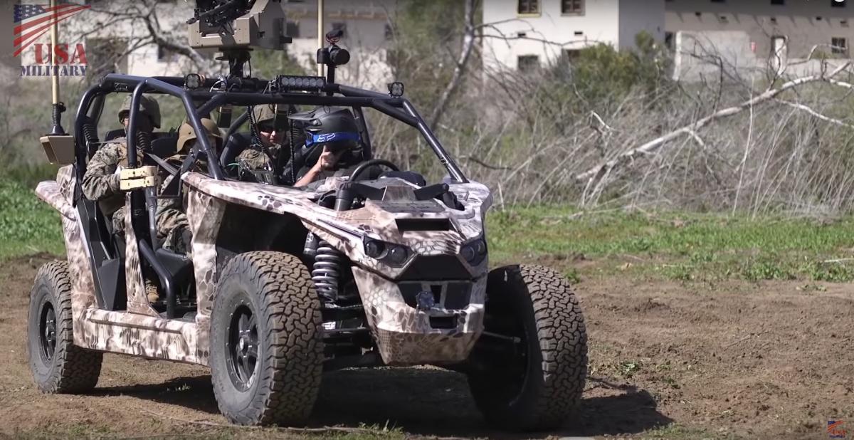 Первый армейский электромобиль проходит испытания (видео)