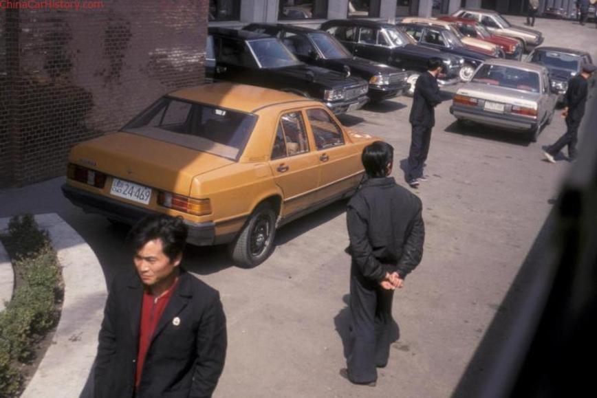 Неизвестная копия Mercedes 190 из КНДР