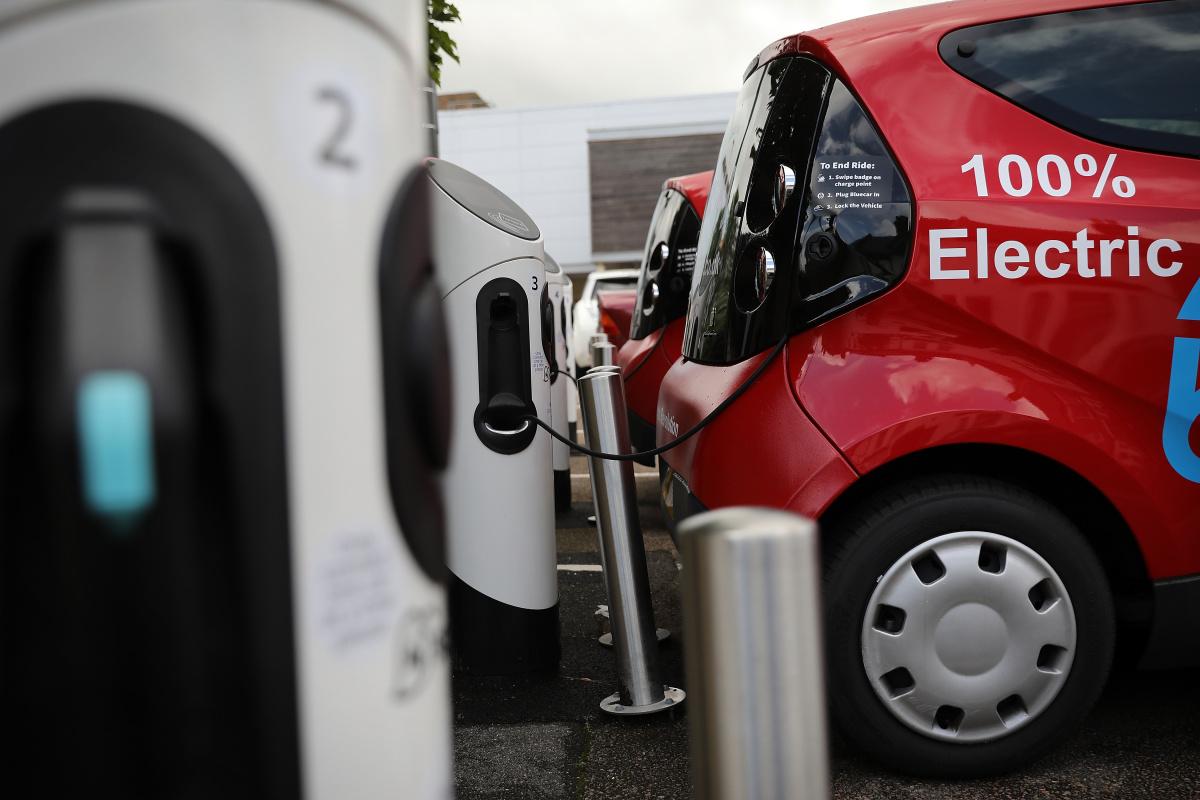 7 модных трендов автоиндустрии сегодня - переход на электричество
