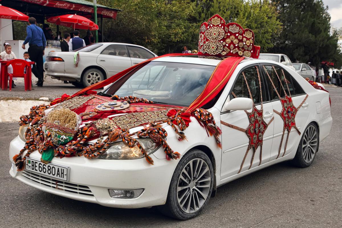Автомобильные запреты в Туркмении
