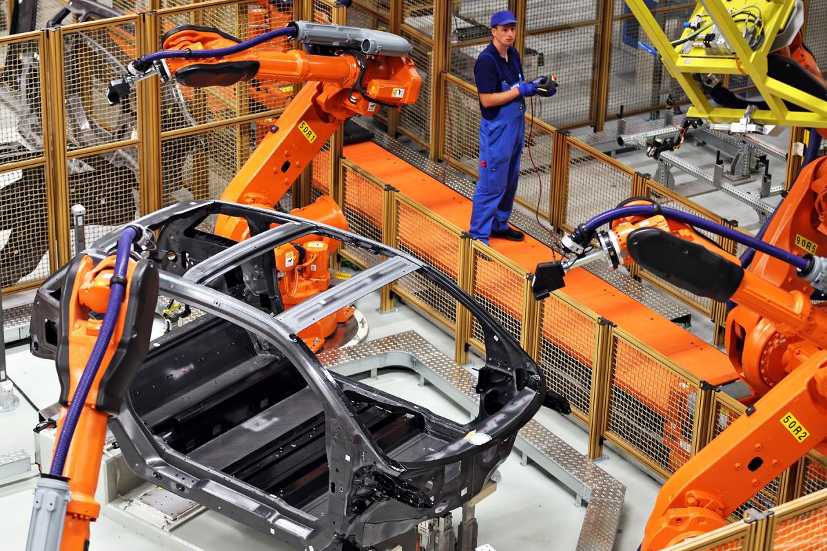 Электромобили будут дешеветь - производство электромобилей
