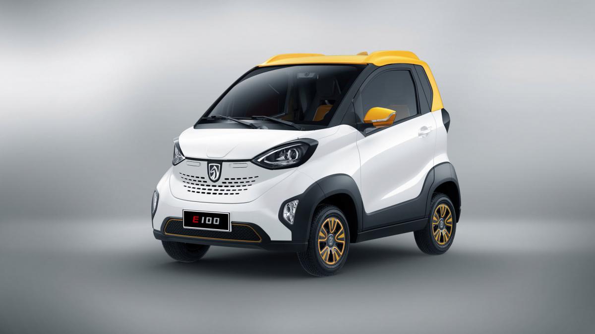 электромобиль Baojun E100