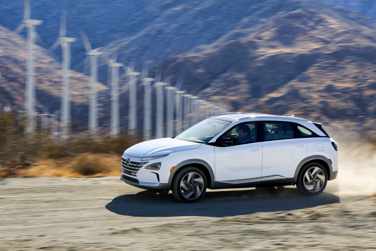 электромобиль Hyundai Nexo EV