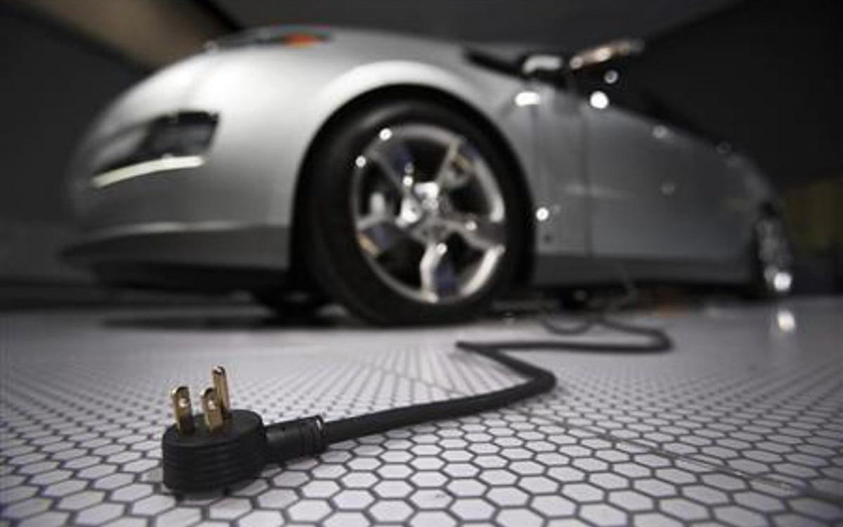 Электромобили будут дешеветь