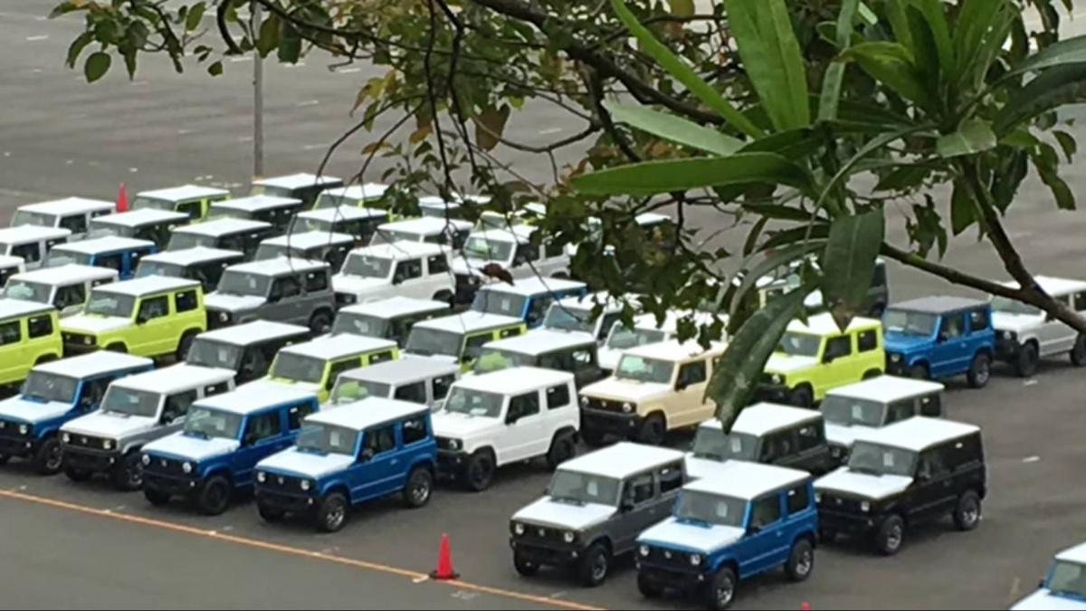 Suzuki Jimny 2018 – компактный внедорожник уже сходит с конвейера