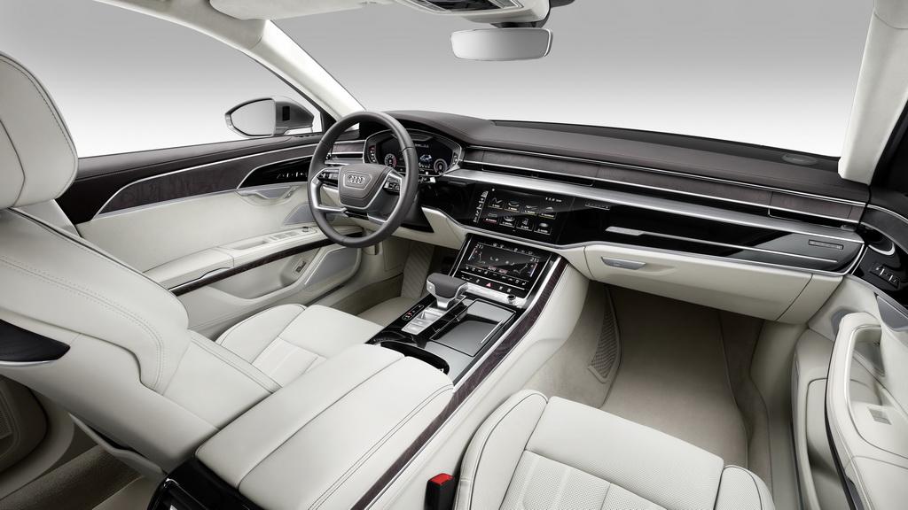 Интерьер нового Audi A8 L