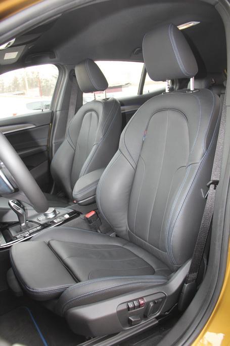 Сиденья BMW X2