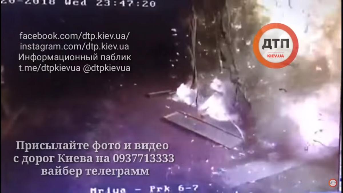 Всети интернет показали кадры взрыва наАЗС под Киевом