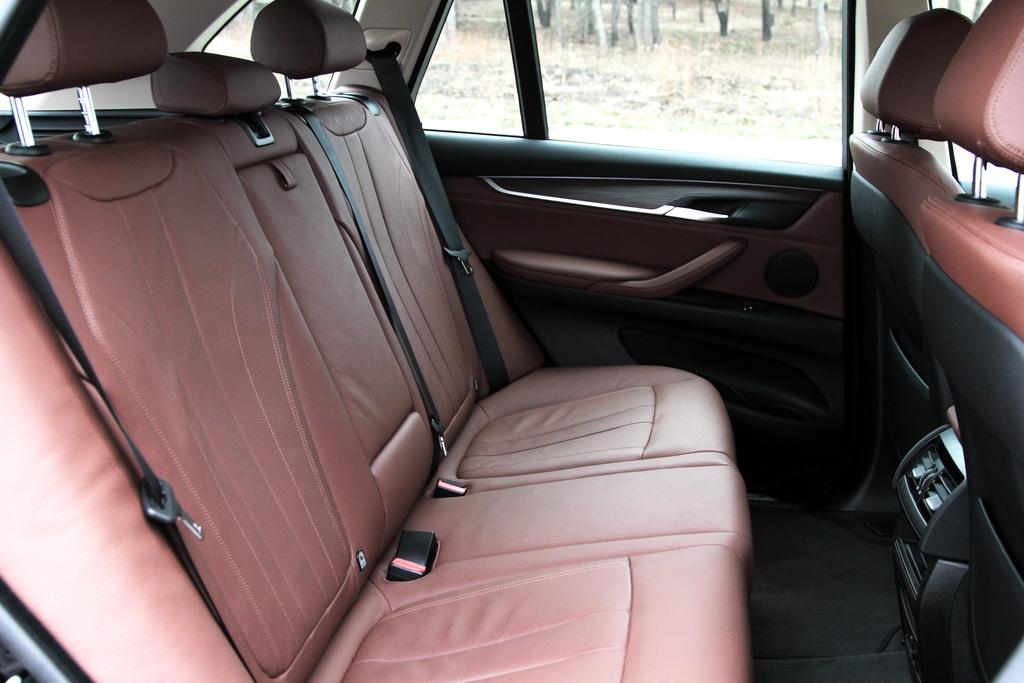 Задний ряд BMW X5 (F15)