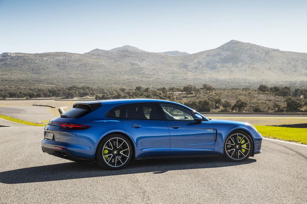 Внешность Porsche Panamera Sport Turismo