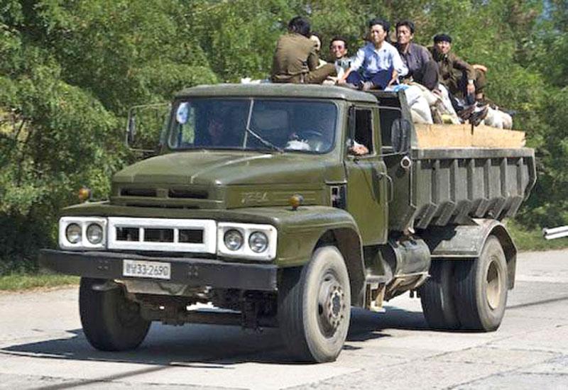 Северокорейский автомобиль Sungri-Jaju-82 производитель Sungri Motors