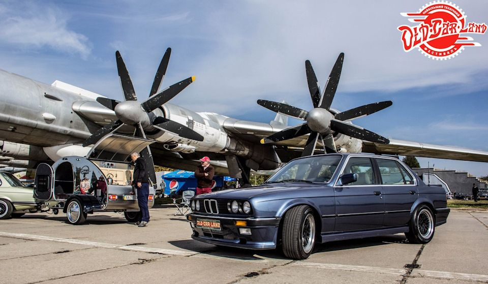 В Украине продают яркий седан BMW с тюнингом