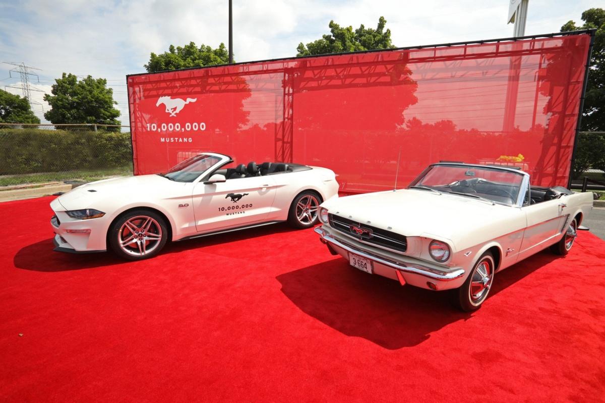 В США выпустили 10-миллионный Ford Mustang
