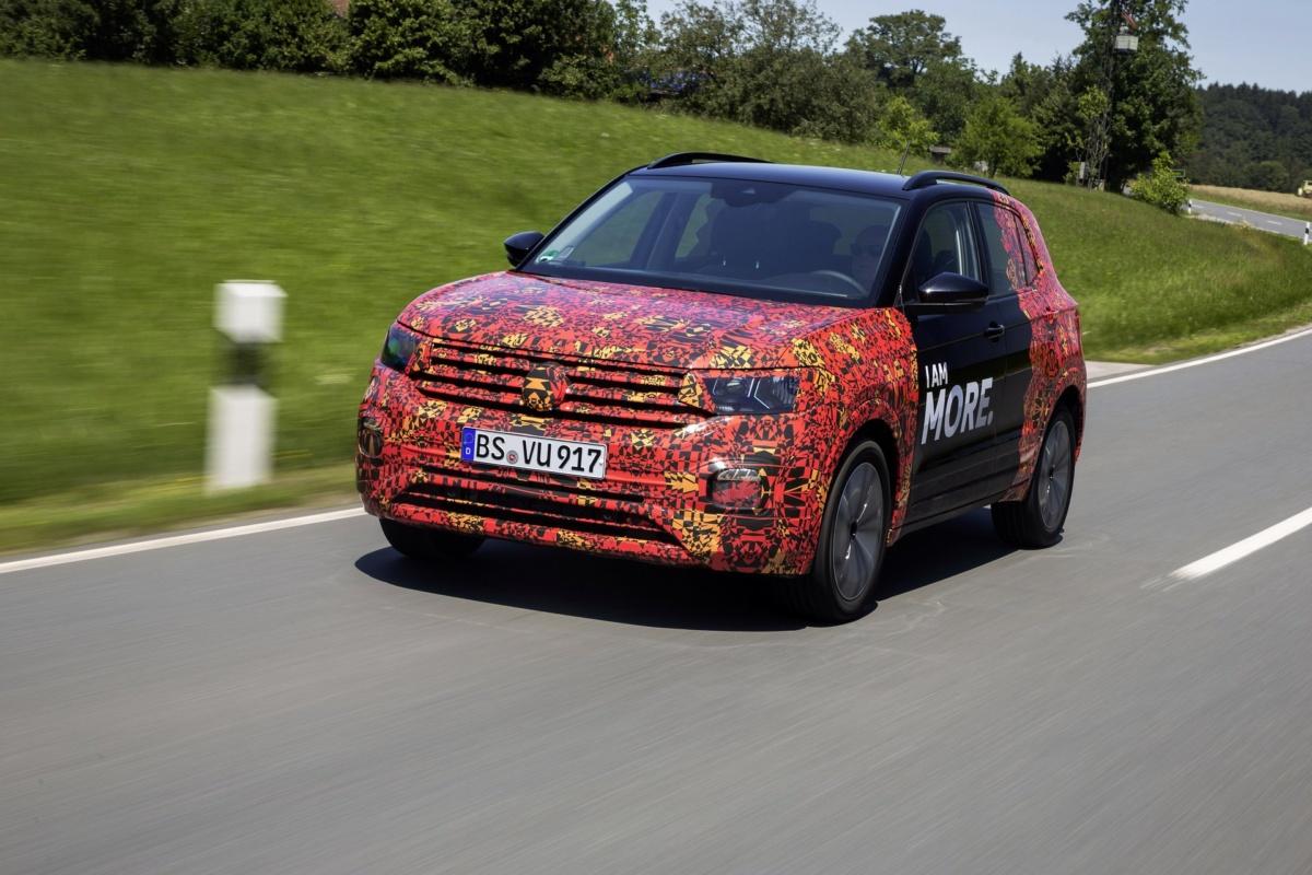 Официальные изображения самого маленького кроссовера Volkswagen