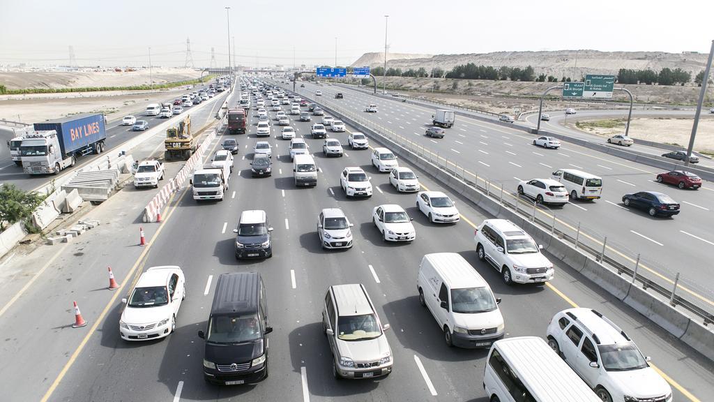 дорожное движение в Дубае