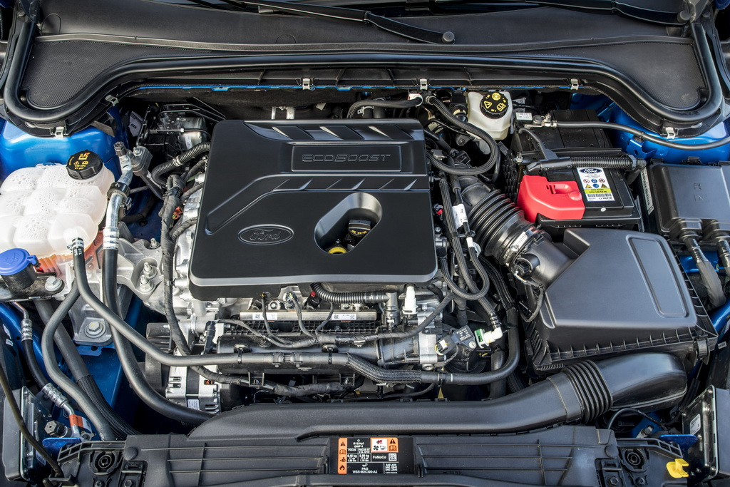 Двигатель 1,5 литра 3 цилиндра Ford Focus 2018