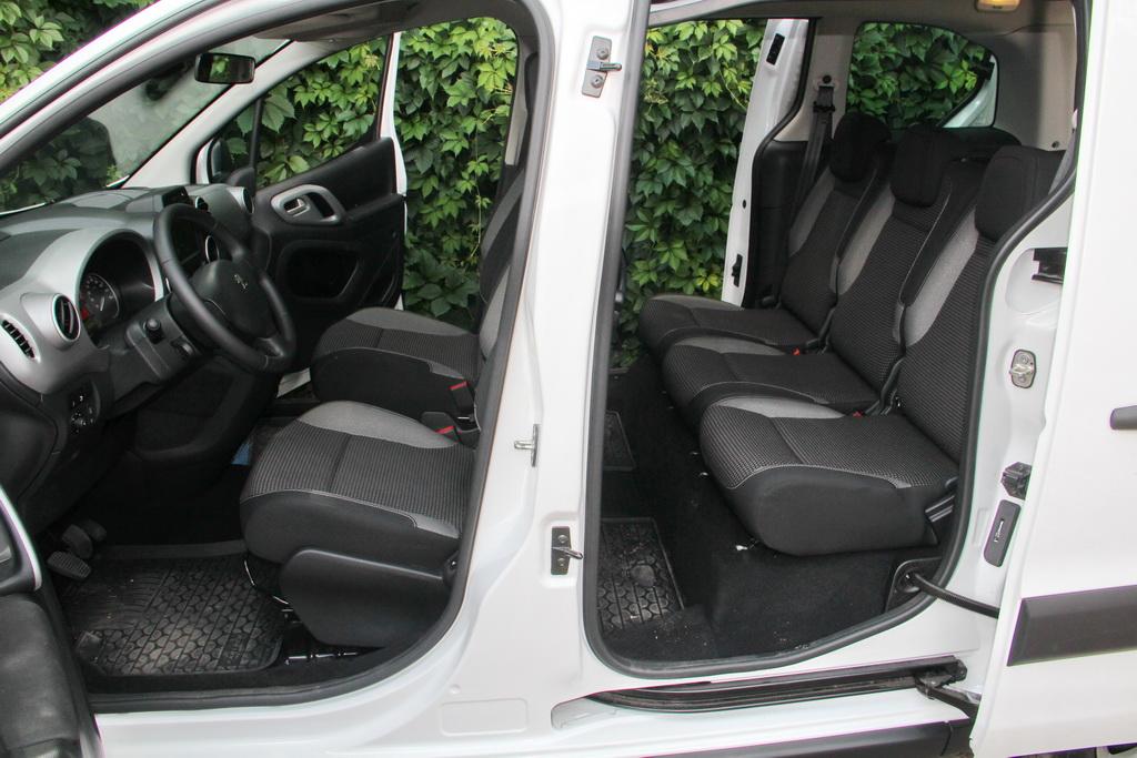 Peugeot Partner Tepee 4x4 салон