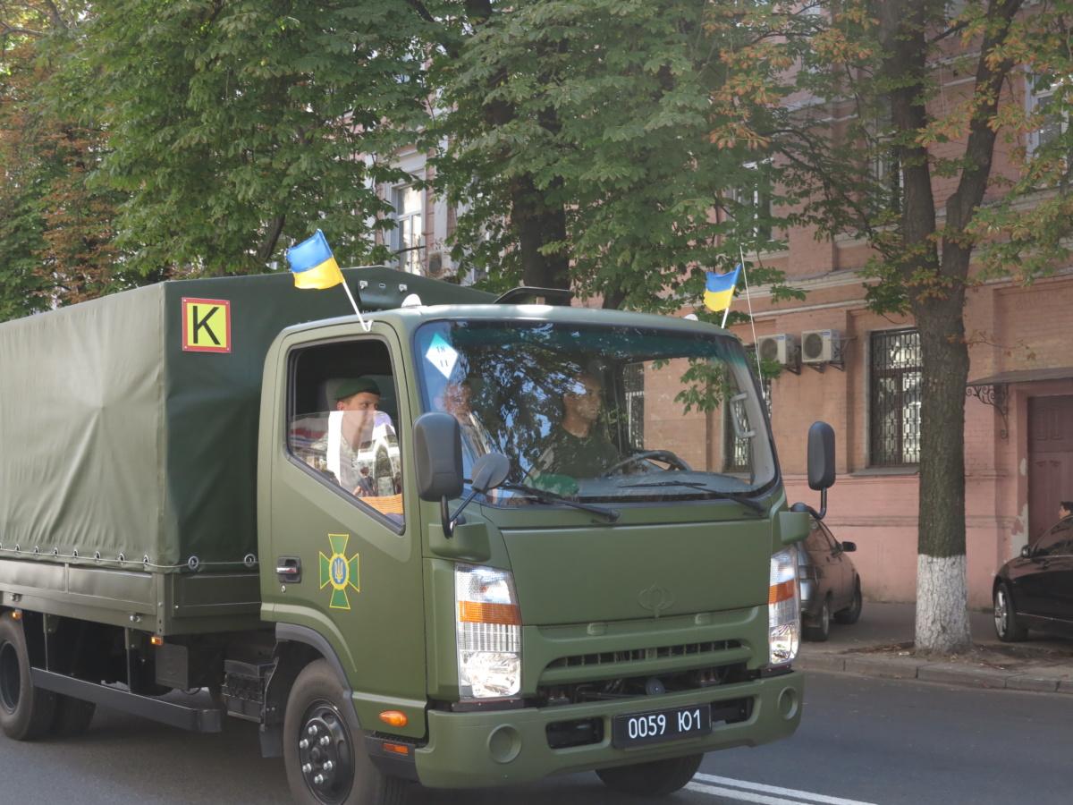 малолитражные грузовики фиаты , ситроены