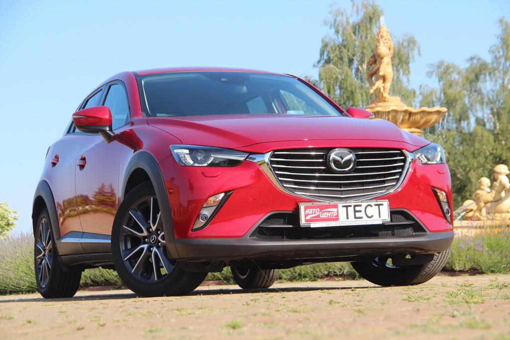 Внешность Mazda CX-3 вид спереди