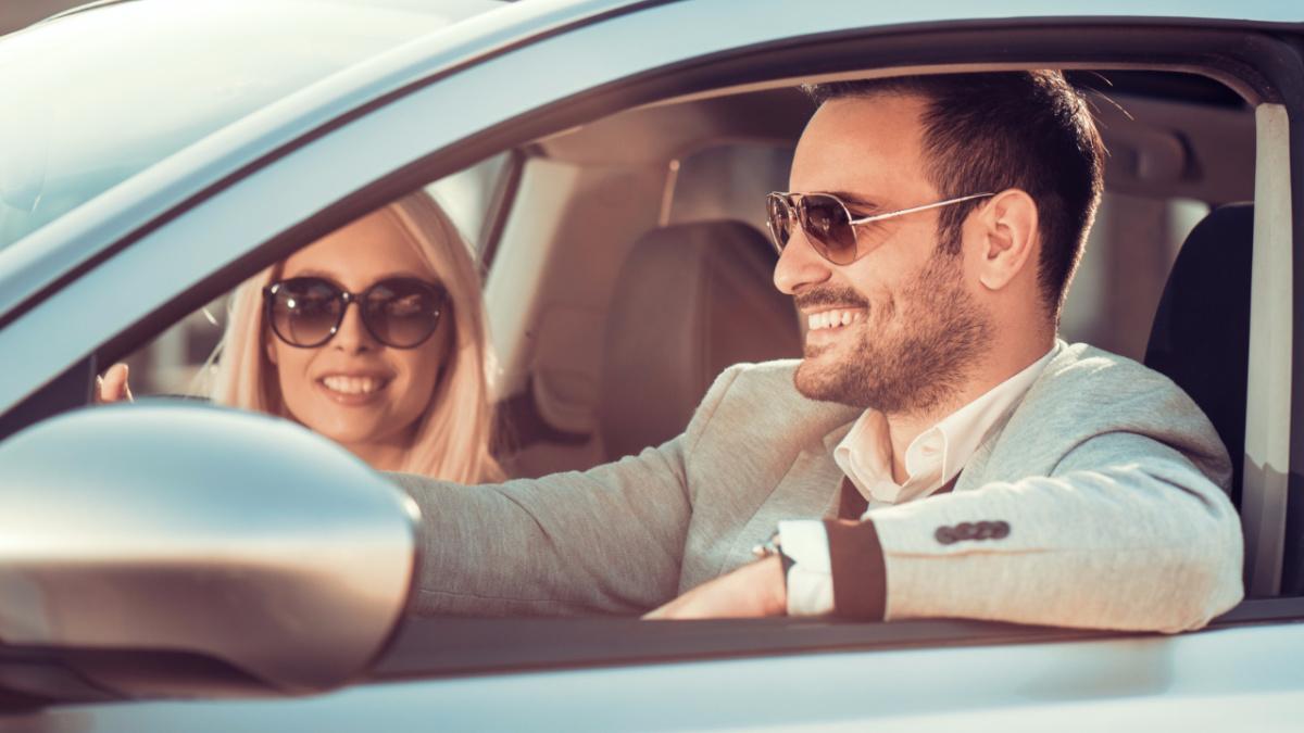 На каких автомобилях женщины предпочитают видеть мужчин
