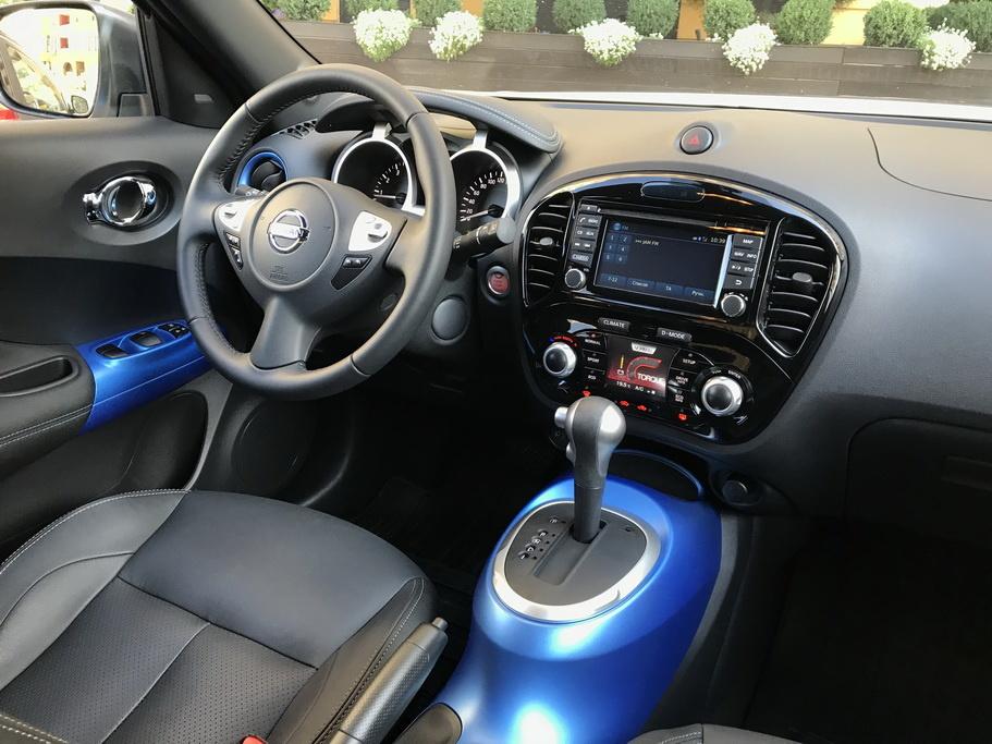 Интерьер Nissan Juke 2018