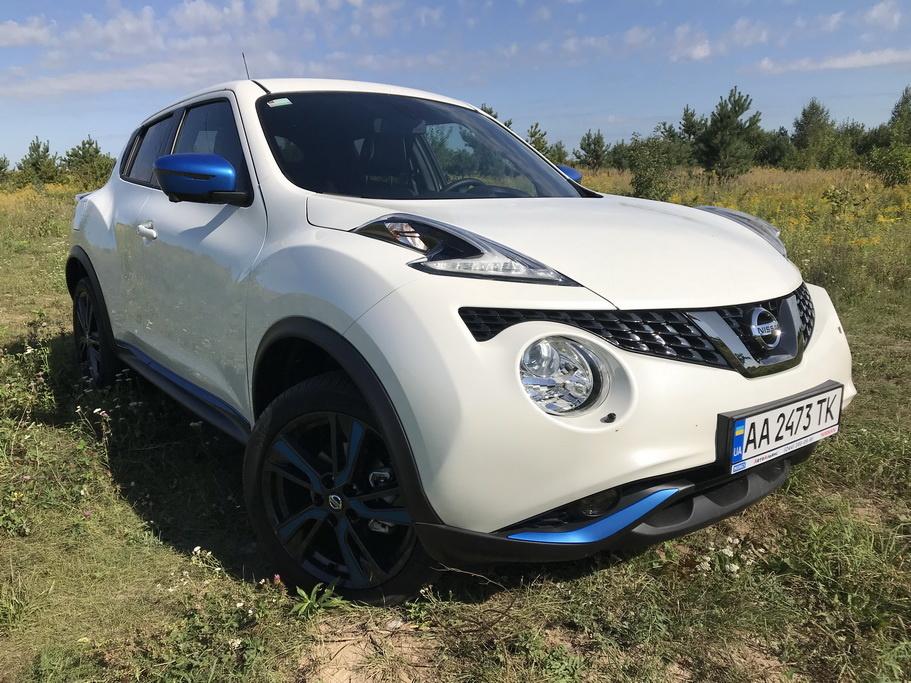 Внешность Nissan Juke 2018 вид спереди