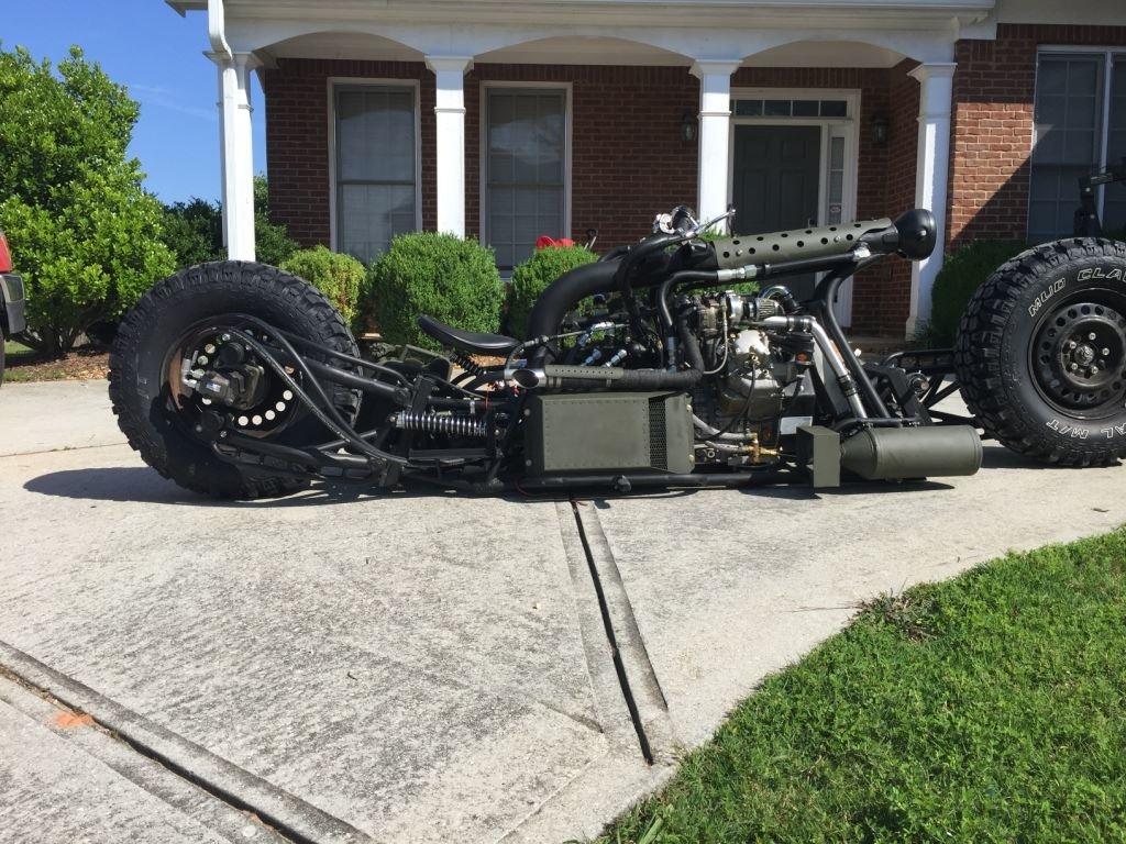 дизельный полноприводный мотоцикл с двумя турбинами