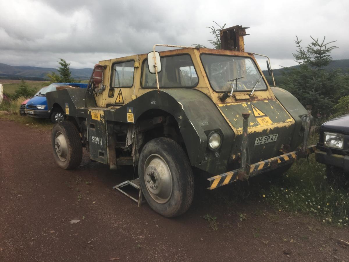 Редчайшие британские авто обнаружили на заброшенном складе