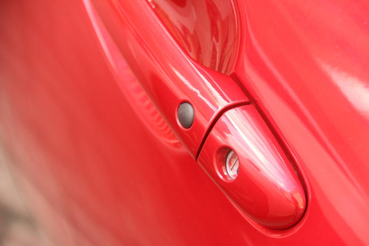 етвертое поколение самого популярного в мире родстера Mazda MX-5