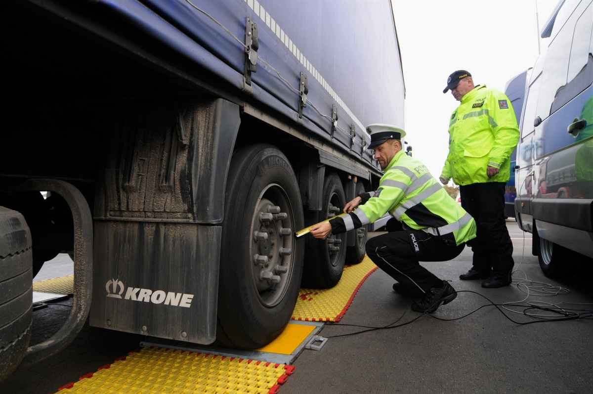 Чешская полиция следит за эксплуатации дорог