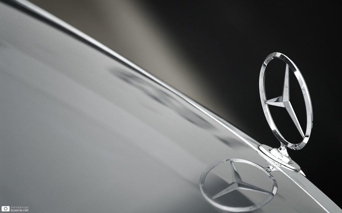 Логотип Mercedes-Benz