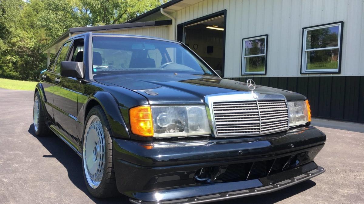 Необычный б/у Mercedes 190 – с мотором V8 и противоречивыми колесами
