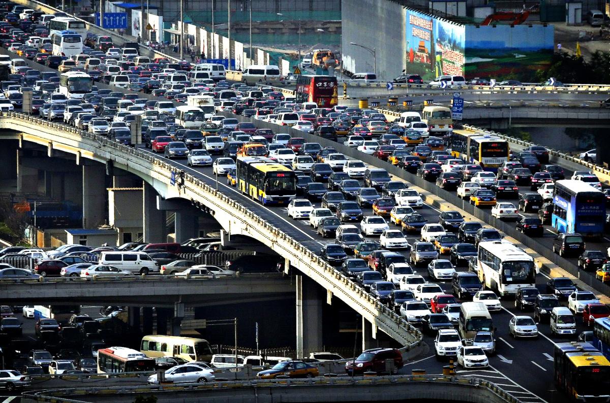 Хочешь успеть, снижай скорость - пробки в Токио