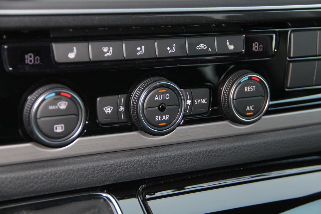 Кондиционер Climatronic Volkswagen Multivan 2018