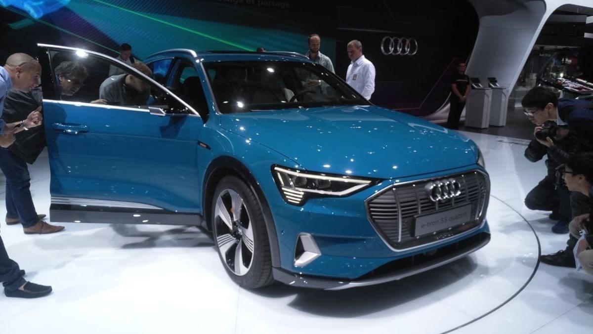 В Париже представили первый электромобиль Audi
