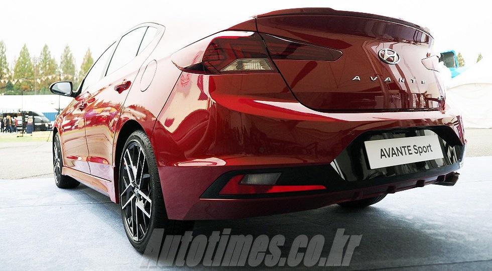 Заряженный седан Hyundai Elantra полностью рассекречен