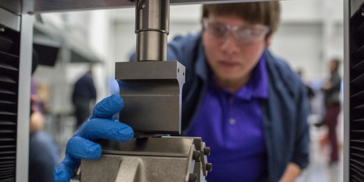 Ford начинает использовать графен в производстве автомобилей