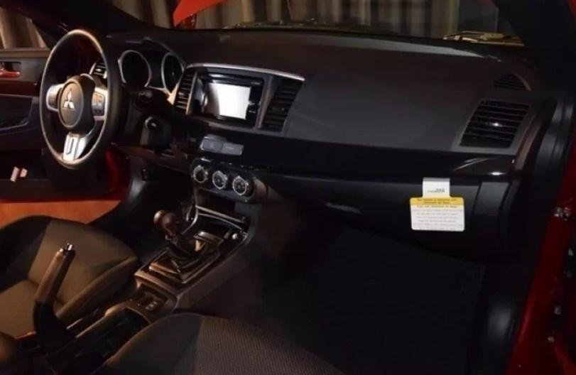 Последний Mitsubishi Lancer Evo продают по баснословной цене