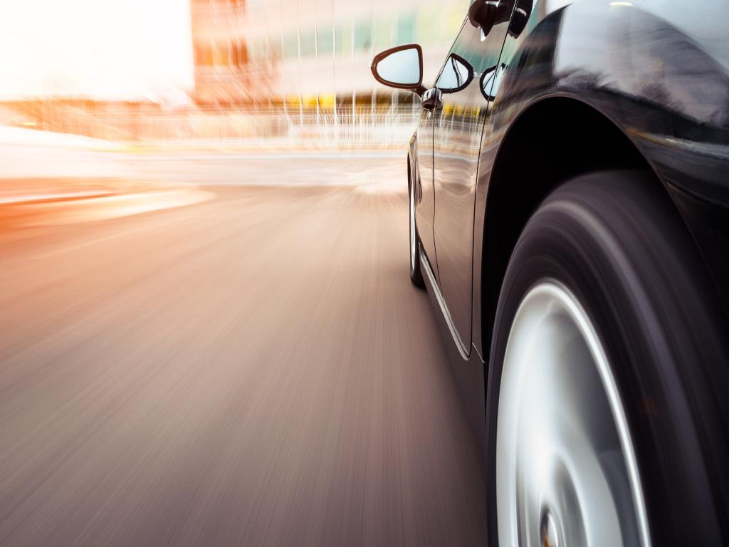 Безопасная скорость в городах - 50 км/ч