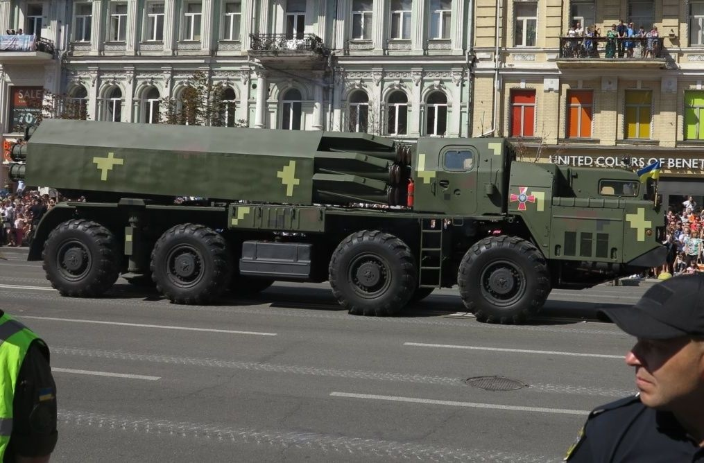 Новый ракетный комплекс Ольха на военном параде в Киеве 24 августа 2018 года