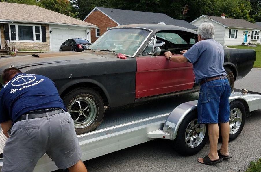 Редчайший коллекционный Ford Mustang нашли в заброшенном гараже