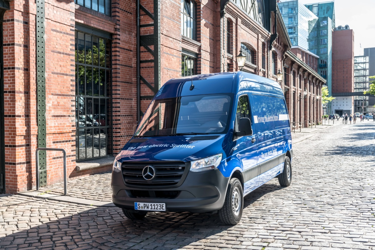 электрофургон Mercedes-Benz eSprinter