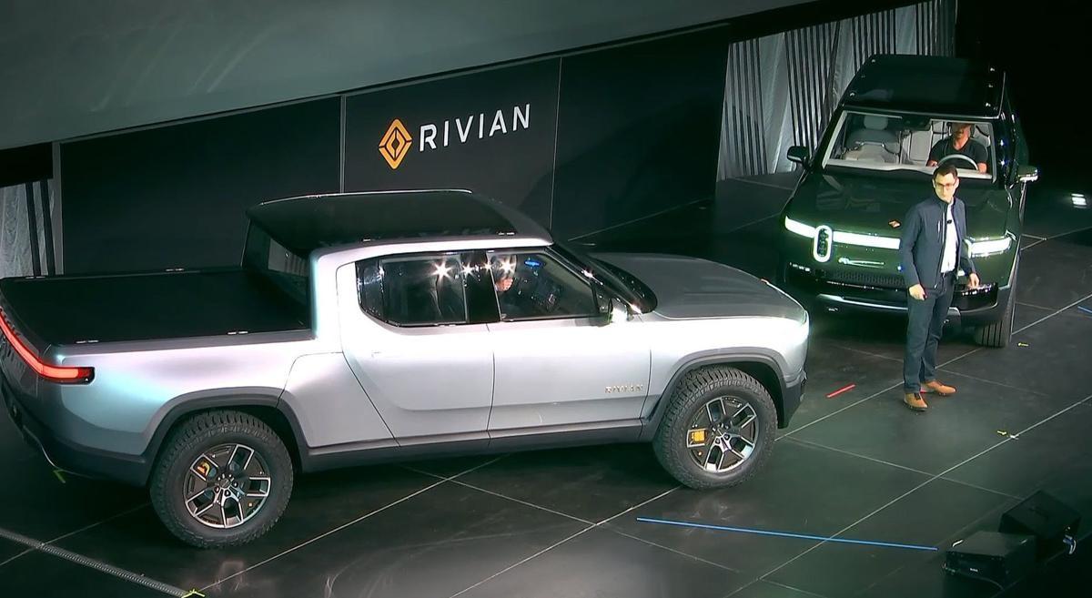 электровнедорожник Rivian R1S и электрическомий пикап Rivian R1T